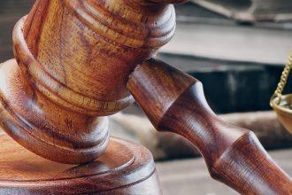 criminal prosecution lawyer job description